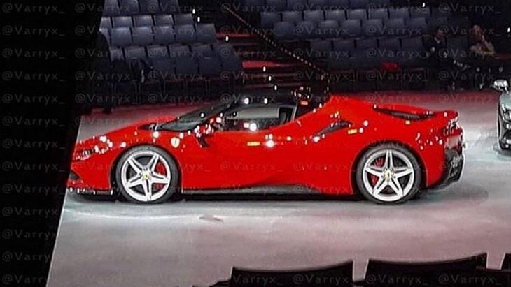 Новую гибридную Ferrari рассекретили до премьеры 1
