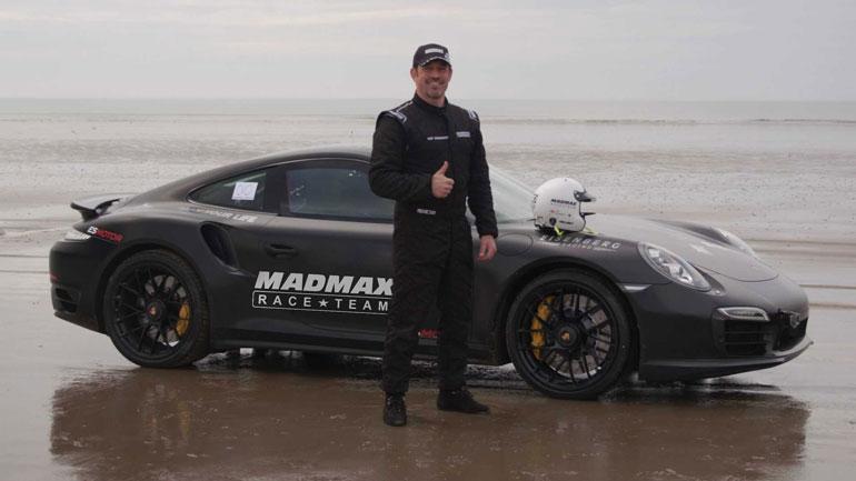 Новый мировой рекорд скорости на песке установлен британским мотогонщиком 1
