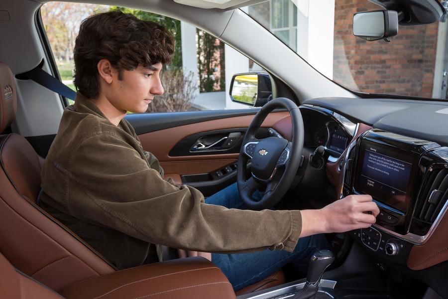 Chevrolet заставит водителей пристегиваться 1