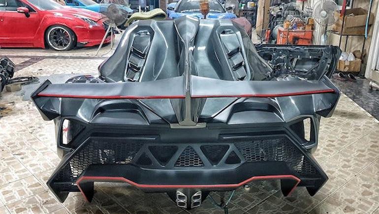 Специалисты из Тайланда превратили Toyota MR2 в Lamborghini Veneno 1