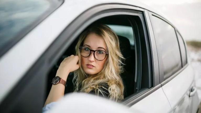 Британские учёные: водители-женщины совершеннее мужчин 1
