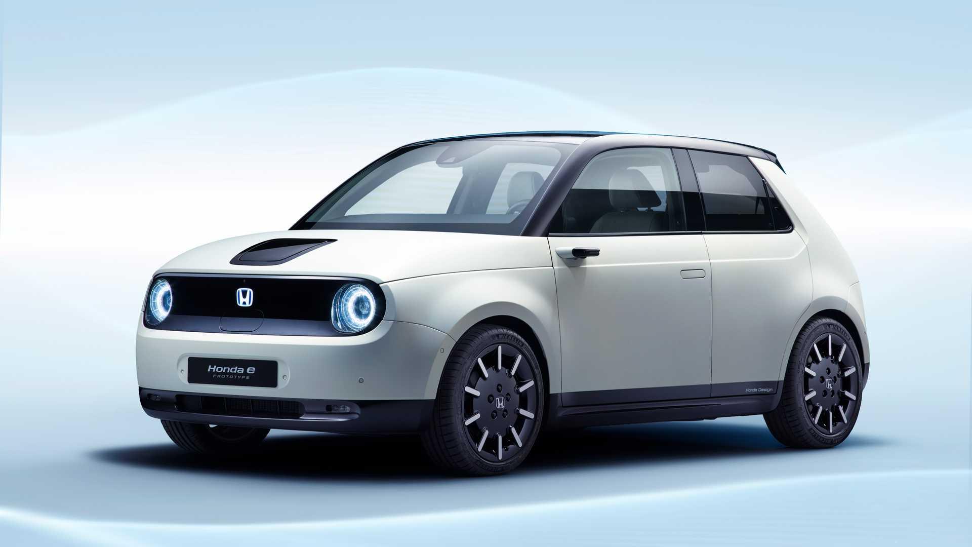 Honda открыла прием предзаказов на первый электрокар 1