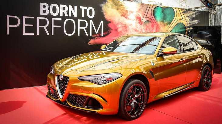 Alfa Romeo выпустила «золотую» версию Giulia Quadrifoglio 1