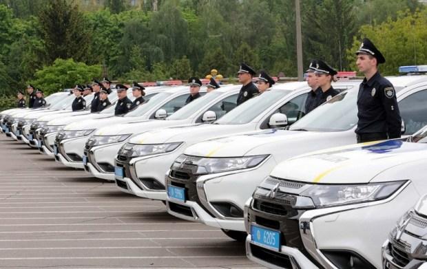 Нацполиция получила 83 гибридных автомобиля нового поколения 1