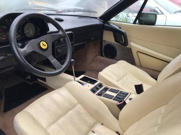 Кладбище заброшенных суперкаров Ferrari 6