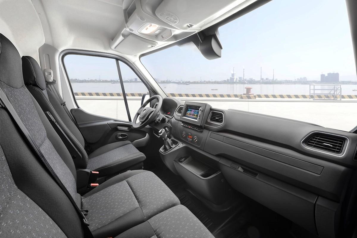 Обновился большой фургон Opel Movano 3