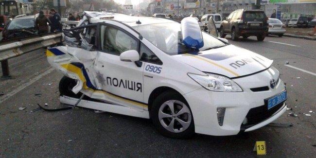 Сколько автомобилей патрульной полиции осталось на ходу 1