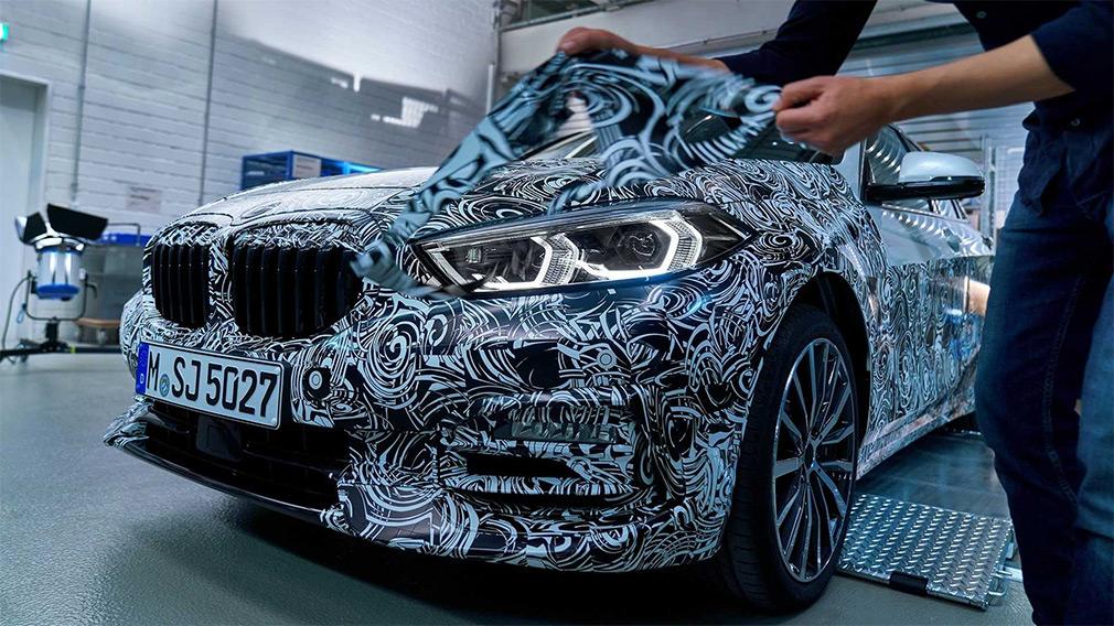 BMW показала дизайн новой 1-Series 1