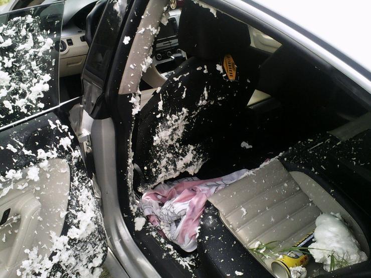 Предметы, которые крайне опасно оставлять в салоне машины, особенно летом — AvtoBlog.ua
