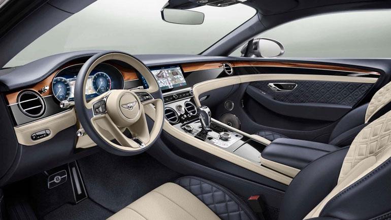 Интерьер нового Bentley Flying Spur отделают 3D-кожей 1
