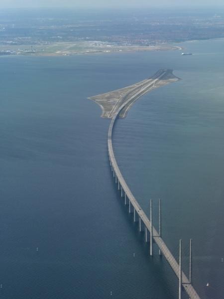 Самый «таинственный» мост в мире 2