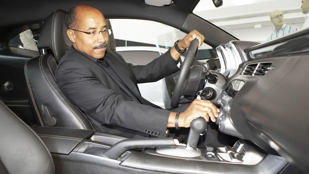 Главный дизайнер General Motors уходит в отставку 5