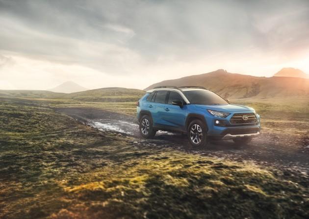 Toyota официально презентовала новый RAV4 4
