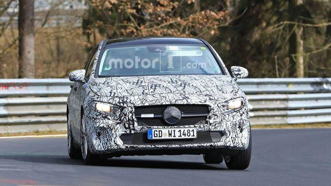 Новый седан Mercedes-Benz вышел на тесты 1