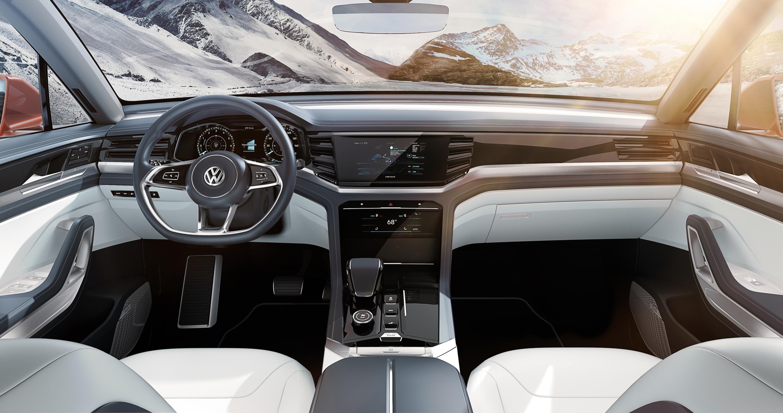 Volkswagen представил новый кроссовер 4