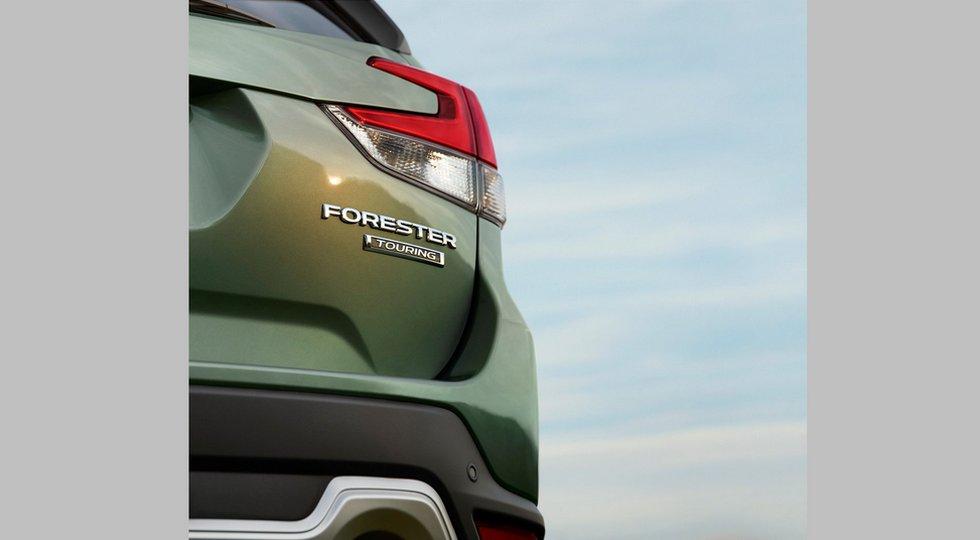 Subaru опубликовала второй официальный тизер нового Forester 1