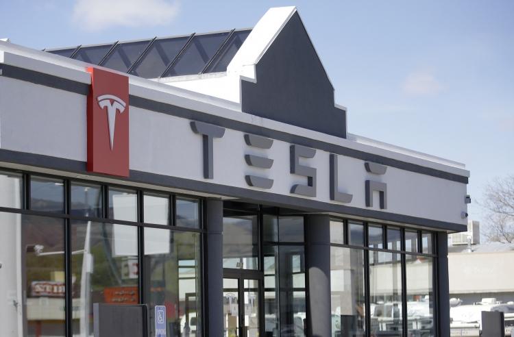 Почему Tesla Model 3 стала настолько популярной 1