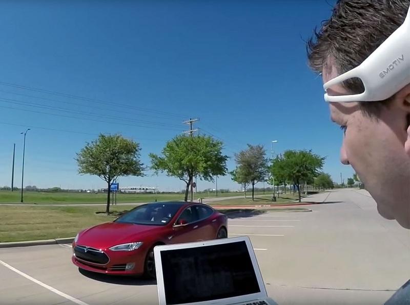 Как управлять электромобилем Tesla силой мысли 1