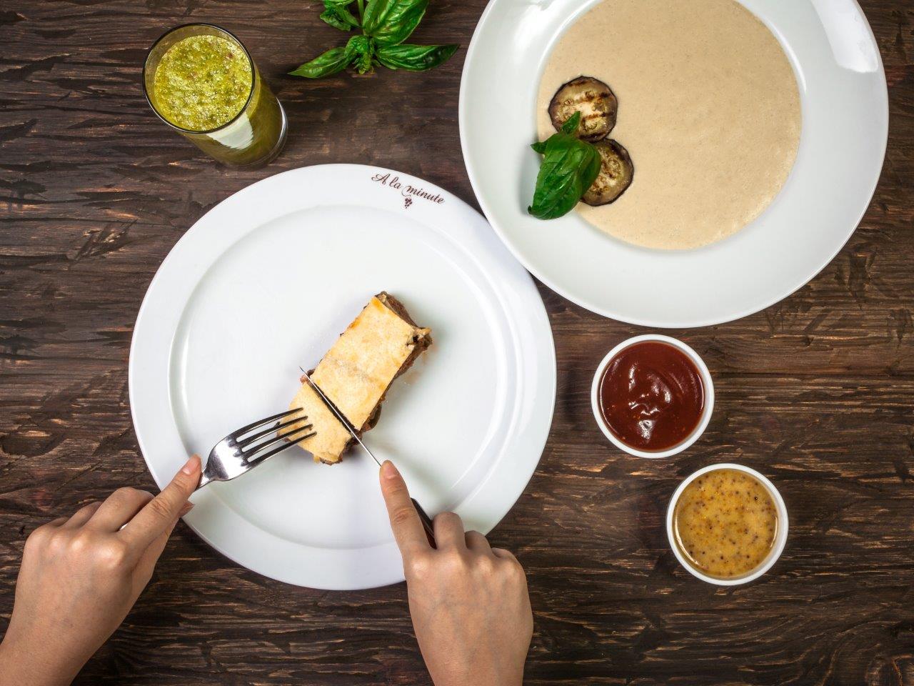 Вкусные сезонные новинки в ресторанах A la minute на «ОККО» 1