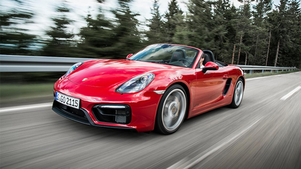 Старушка «божий одуванчик» разогнала Porsche до 238 км в час 1