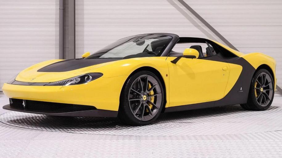Подержанный автомобиль продают за пять миллионов долларов 1