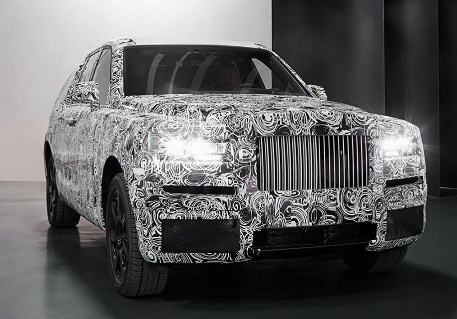 Глава Rolls-Royce «тонко протроллил» Bentley 1