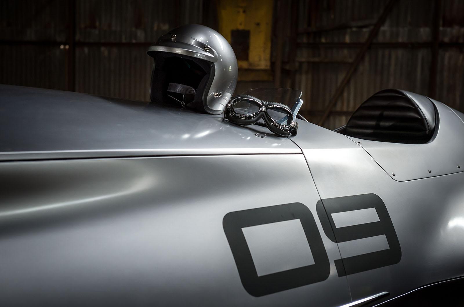 Infiniti показала «ретро-авто», которое выпустили только сейчас 2