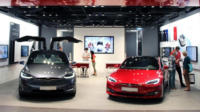 Tesla продает клиентам не те машины 1
