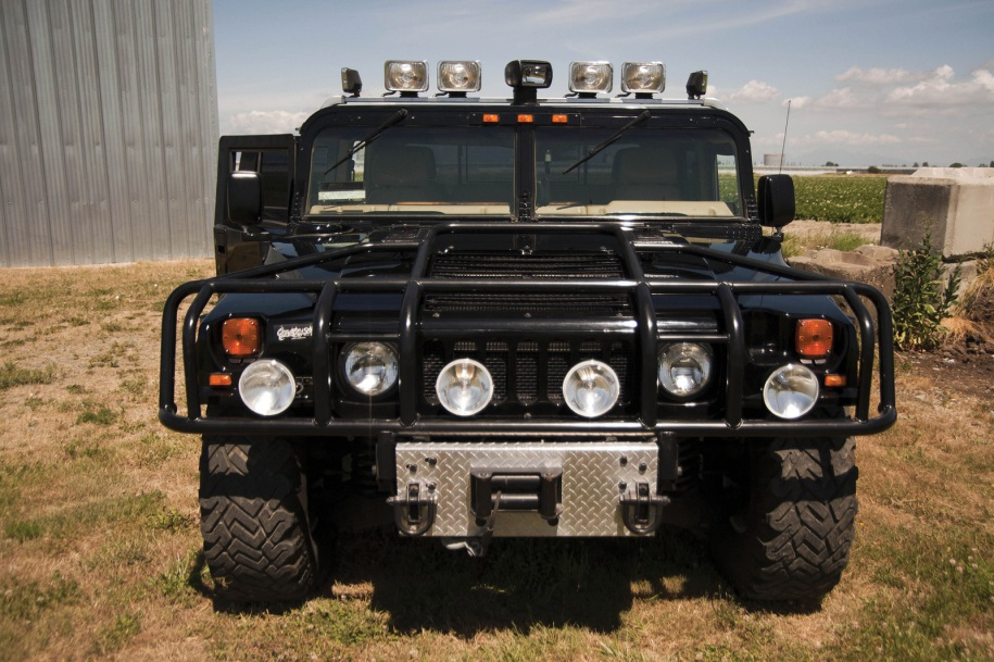 «Hummer» Тупака Шакура обзавелся новым хозяином 1