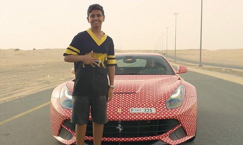 Подросток получил в подарок Ferrari и ждет еще Bentley 1