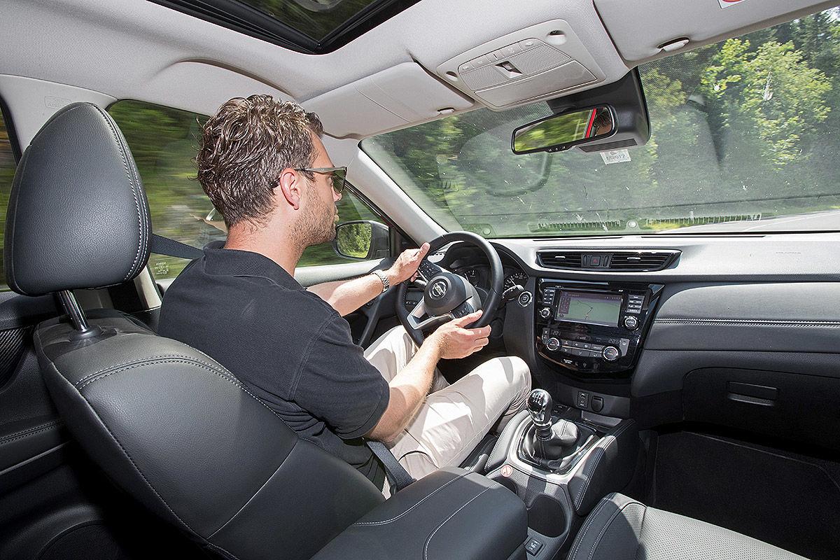 «Король бездорожья»: тест-драйв «посвежевшего» Nissan X-Trail 2
