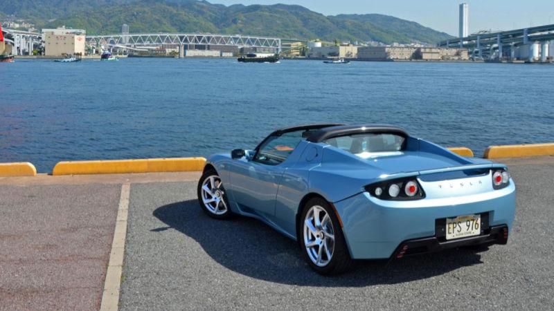 У Tesla Roadster запас хода увеличен до 550 километров 2