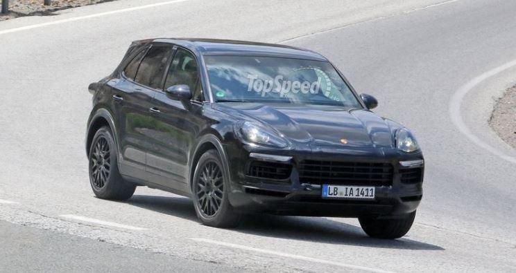 Porsche тестирует Cayenne 2018 модельного года 1
