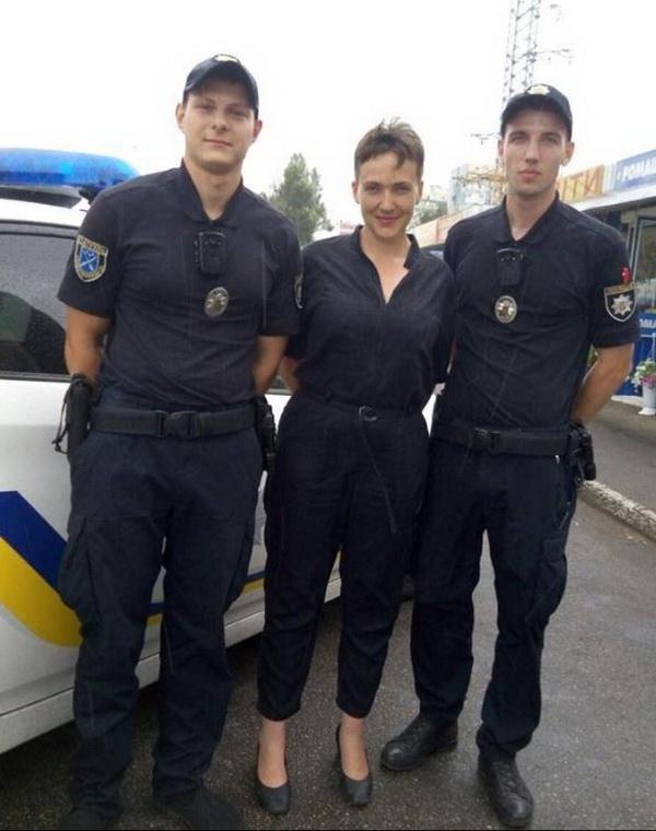 В Днепре патрульные остановили Надежду Савченко за неуверенную езду 1