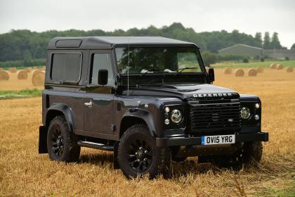 Land Rover не будет возрождать оригинальный Defender 2