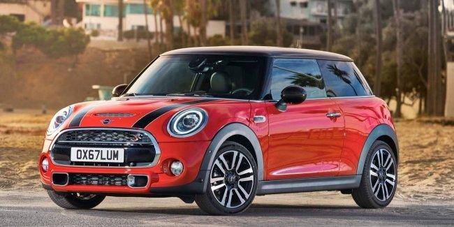 Mini отрицает слухи о снятии с производства трехдверной версии модели 1