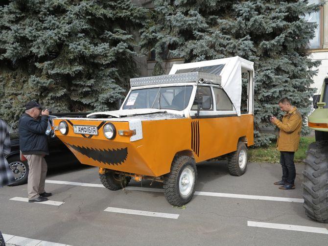 Как украинцы построили амфибию и внедорожник из УАЗа и Unimog 1