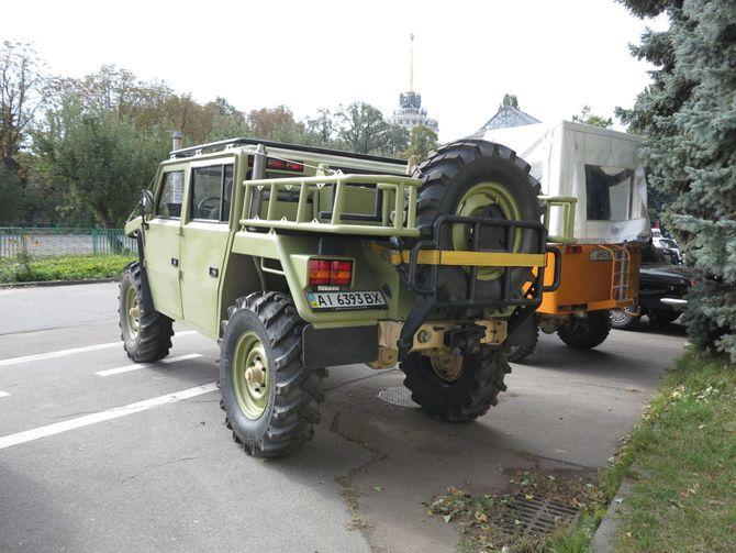 Как украинцы построили амфибию и внедорожник из УАЗа и Unimog 3