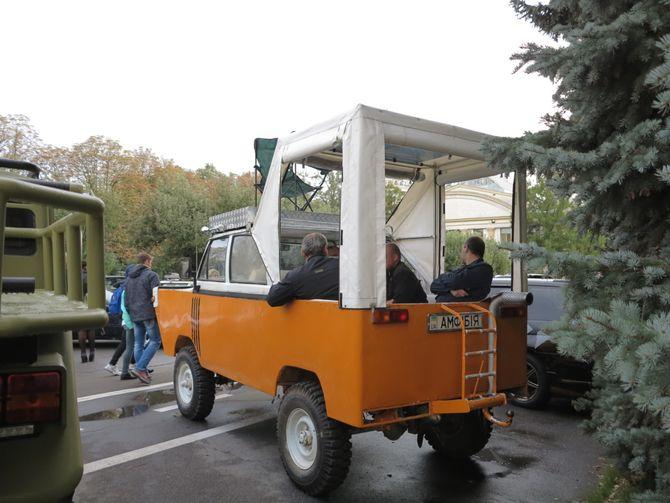 Как украинцы построили амфибию и внедорожник из УАЗа и Unimog 2
