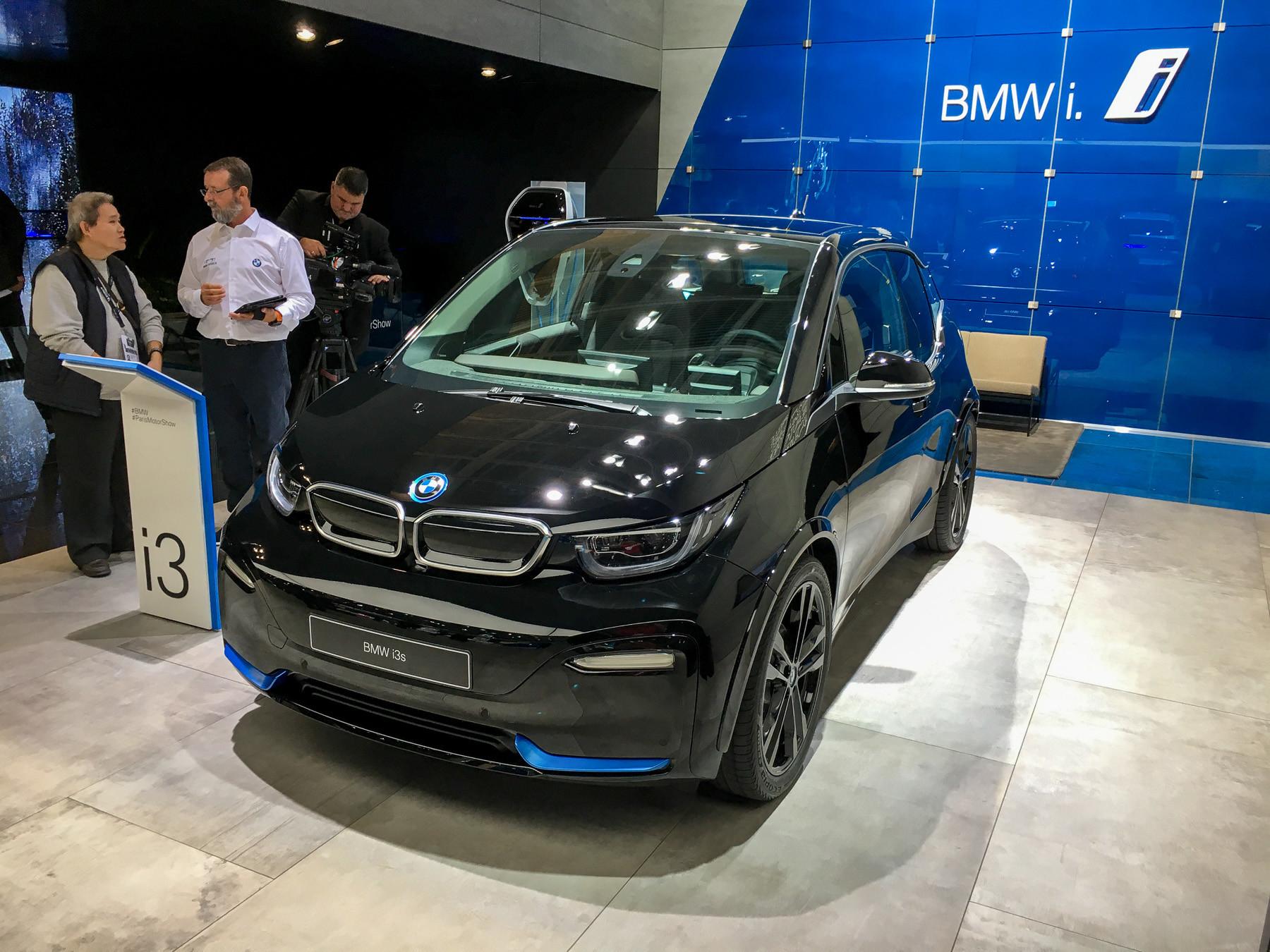 Крохотный BMW пережил обновление 1