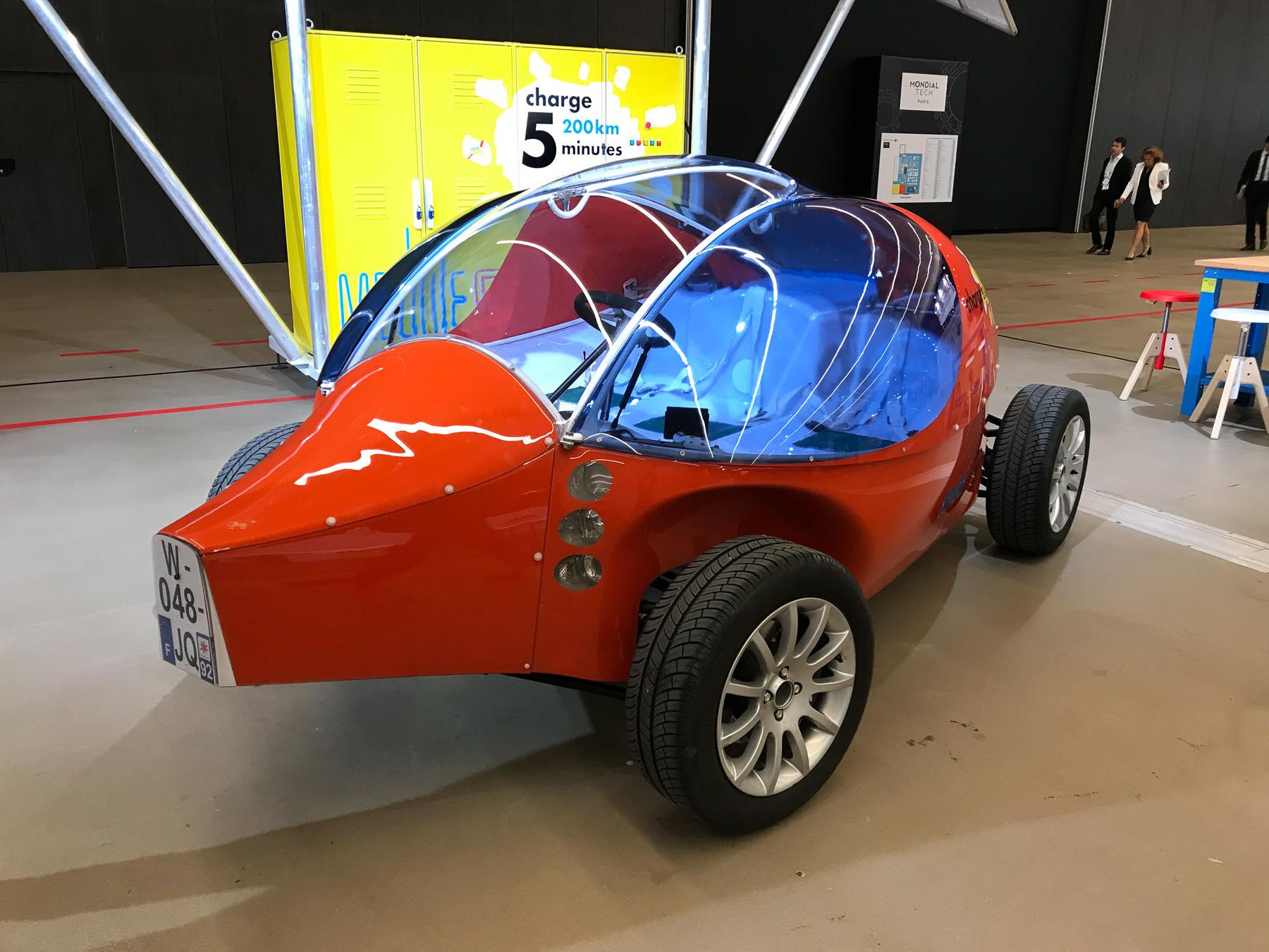 Странный автомобиль из Парижа, который установил рекорд 1