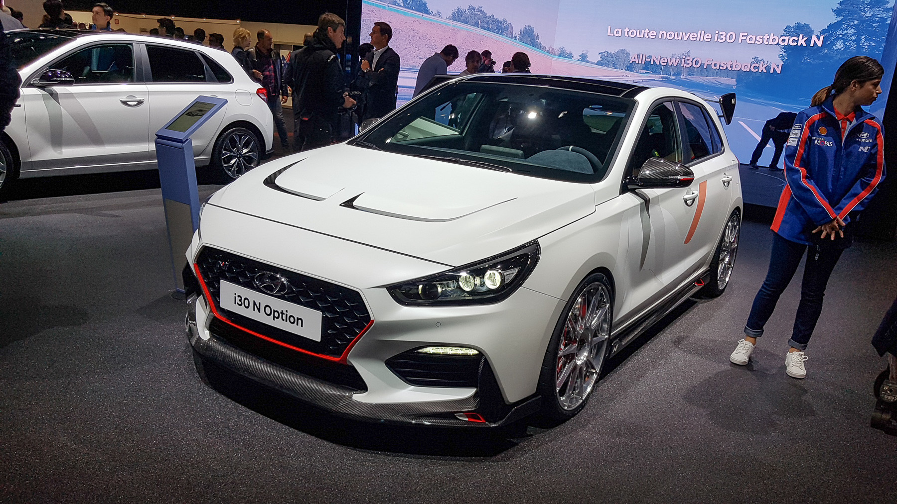 Hyundai показала «спортивный» концепт 1