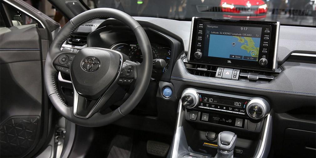 Новый Toyota RAV4 остался без дизельного мотора в Европе 3