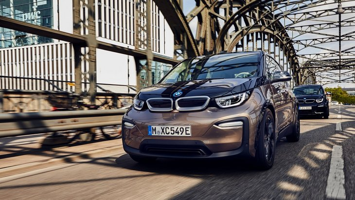 BMW расширит возможности премиум-электрокара i3 1