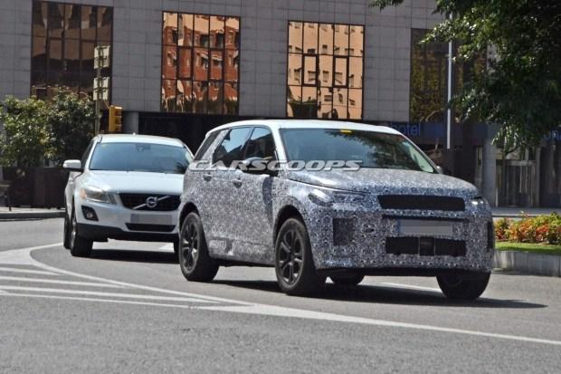 Land Rover Discovery Sport обновится в следующем году 1