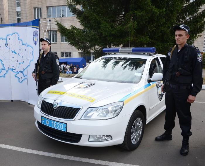Патрульные полицейские «будут охранять» АЗС 1