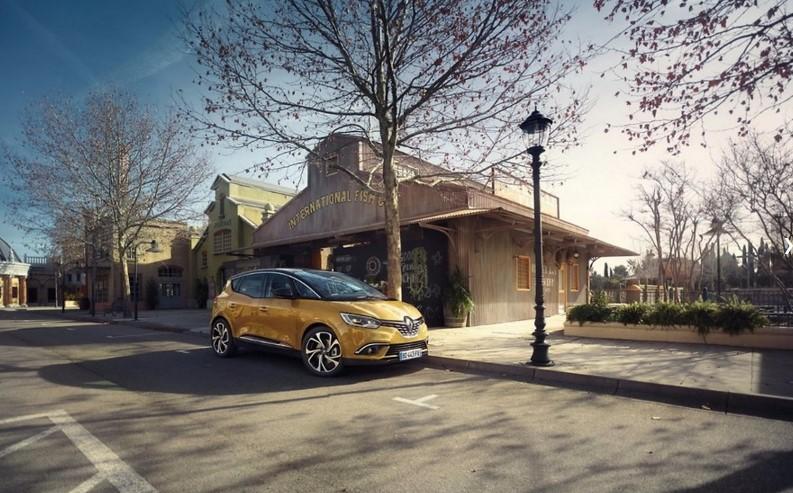 Новый Renault Scenic стал «еще вместительнее» 1