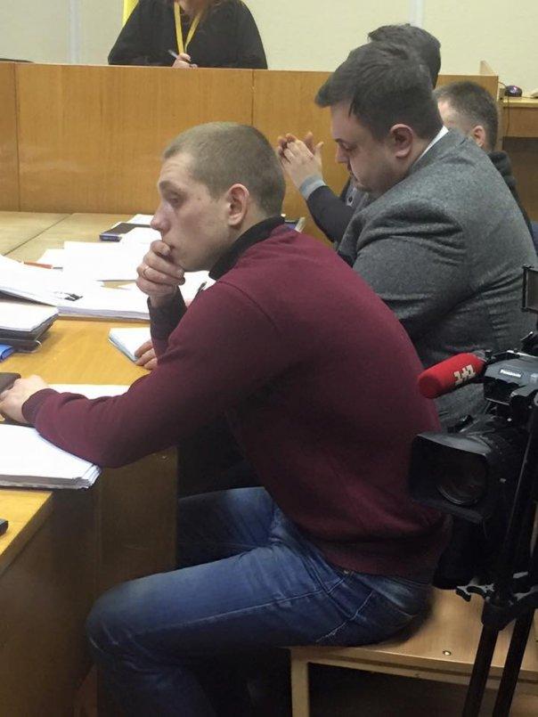 Суд отпустил полицейского, «стрелявшего в БМВ» 1