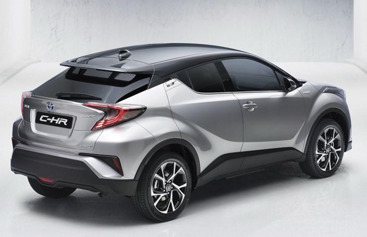 Компания Toyota «показала» новый кроссовер C-HR 3