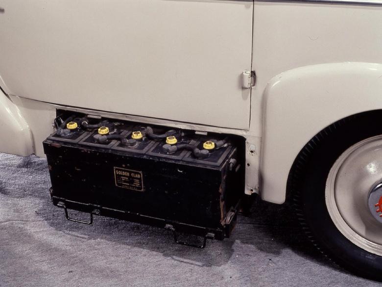 Nissan организовал «встречу» двух своих электромобилей: самого первого и последнего 4